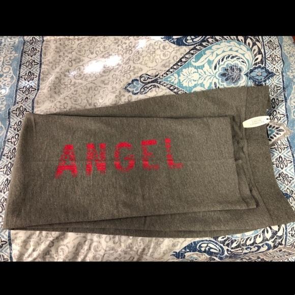 a8b9621034dc8 VS lounge pants
